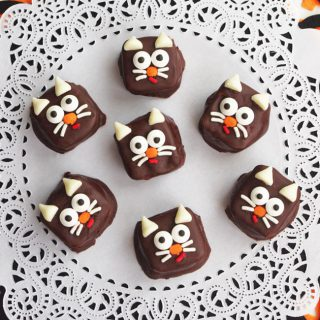Halloween Black Cat Snack Bites